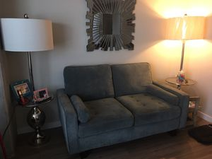 Like new loveseat for Sale in Silver Spring, MD