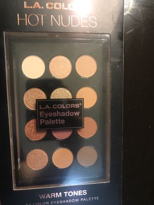 L.A. colors eyeshadow pallet for Sale in Freehold, NJ