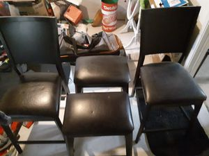 Kitchen Table Chairs and Stools for Sale in Redford Charter Township, MI