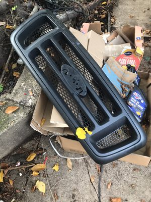 04-08 ford f150 fx4 grill for Sale in Washington, DC