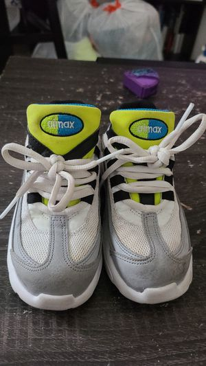 Kids Nike airmax for Sale in Hialeah, FL