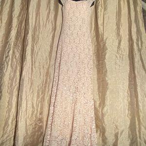 Tan Lace Mermaid Long Dress for Sale in East Los Angeles, CA