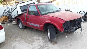 GMC Sonoma parts or whole for Sale in Las Vegas, NV