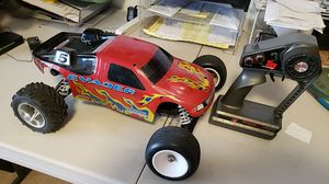 Traxxas evader. Runs excellent. Hop on 1 esc.. hot speed motor ...reverse. for Sale in East Wenatchee, WA