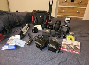 Canon T7i for Sale in Barberton, OH