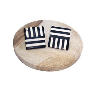 """Black & White Lined Square Earrings Approx 1"""" SHIPPING ONLY!!! for Sale in Colorado Springs, CO"""