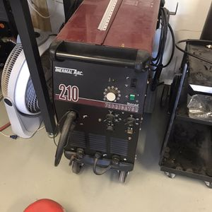 Thermal Arc 210 Fabricator MIG Welder for Sale in Scottsdale, AZ