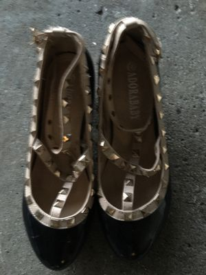 Adorababy big girl dress shoes with small heel size 4 for Sale in Sterling Heights, MI