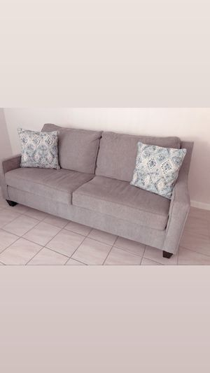 2 Loveseats / Bought on February 2020 . for Sale in Winter Haven, FL