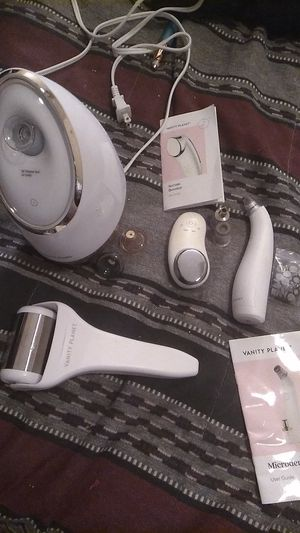 Vanity Planet microdermabrasion wand, facial steamer, serum booster thats only been used 1 time!! for Sale in Aurora, CO