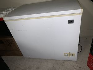 Freezer by Igloo for Sale in Houston, TX