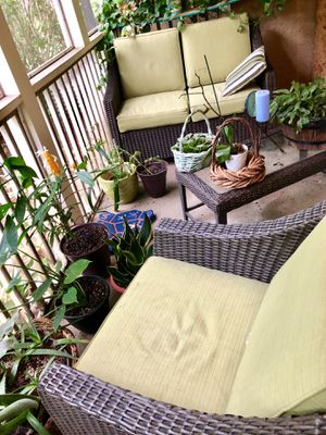 3 piece outdoor wicker set (chair, loveseat, and table) for Sale in Atlanta, GA
