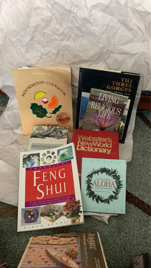 7 books for Sale in Union City, CA