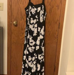 White House Black Market floral print dress for Sale in Chicago Ridge, IL