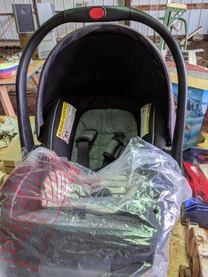 Infant car seat for Sale in Peck, KS