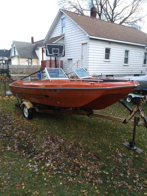 17 ft. Viper...ski/ fishing/speed boat 45 h.p. for Sale in Lincoln Park, MI