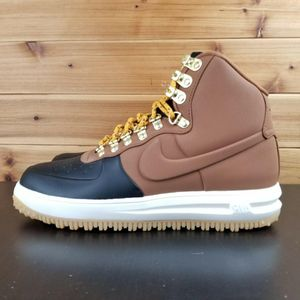 MEN'S NIKE LUNA FORCE 1 DUCKBOOT '18 SNEAKER BOOTS for Sale in Chicago, IL