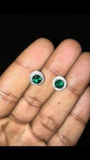 EMERALD/DIAMOND EARRINGS for Sale in Memphis, TN