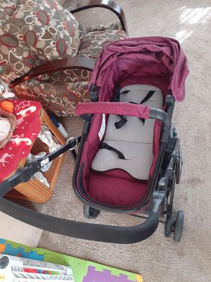 baby stroller in good condition I am selling it because I need a double one since another baby is coming ... Perfect conditions I hear offers ... for Sale in Niagara Falls, NY