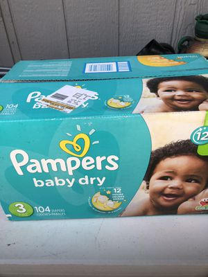 Pampers diapers size 3 for Sale in Tacoma, WA