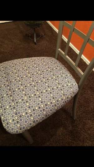 Dining Table & 4 Chairs for Sale in Phoenix, AZ