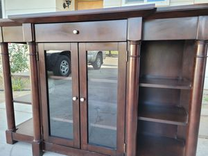 Beautiful Credenza/Buffet/Entry/Accent/Media Console for Sale in Loma Linda, CA