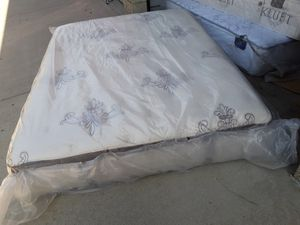 Stearns and foster queen pillowtop mattress for Sale in Anaheim, CA