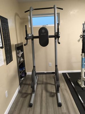 Power Tower Gold's Gym XR 10.9 for Sale in Bothell, WA