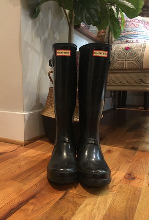 Hunter Tall Rain Boots (Black) for Sale in Norfolk, VA