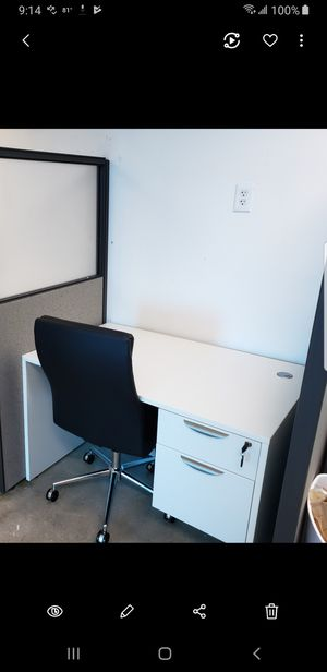 """JR. OFFICE DESK. 30"""" BY 48"""" WITH FILE ONLY $249 for Sale in Miami, FL"""