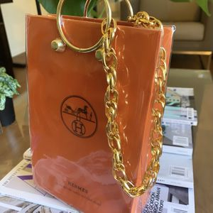 Exclusive Hermès Tote Bag for Sale in Beverly Hills, CA