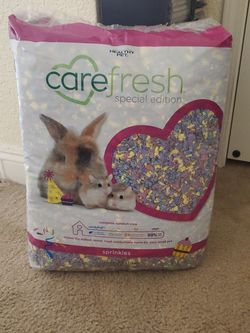 Carefresh Special Edition Animal Bedding for Sale in Las Vegas,  NV