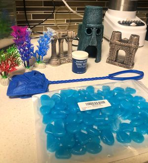 Fish tank decorations / glow rocks and more for Sale in Los Angeles, CA