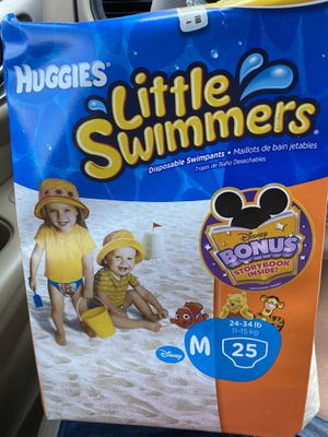Huggies Little Swimmers M 25count for Sale in Pearland, TX