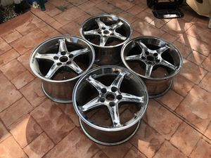 Ford Mustang Wheels 17x9 front & 17x10.5 rear for Sale in Hialeah, FL