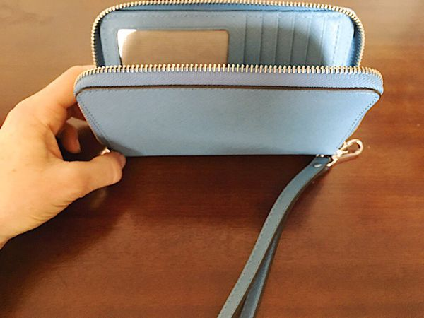 Michael Kors baby blue wristlet: New