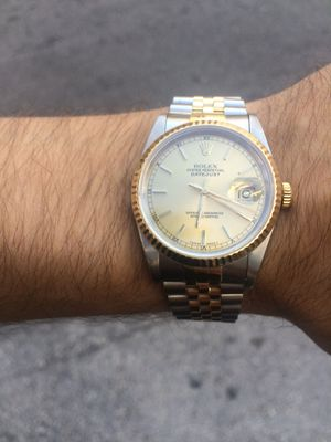 Rolex Datejust 36mm 2 tone 18k gold jubilee band champagne face 18k gold fluted bezel mint condition for Sale in Orlando, FL