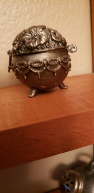 Pewter flower pot for Sale in Auburndale, FL