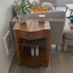 End Table And Coffee Table Set for Sale in Seattle,  WA