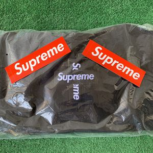 Supreme Cross Box Logo Hoodie Black for Sale in Clovis, CA