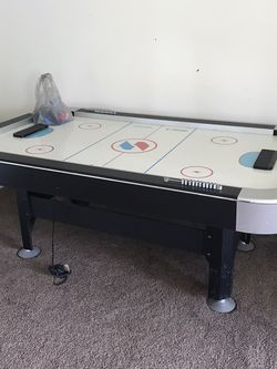 Air Hockey Table for Sale in Lynnwood,  WA
