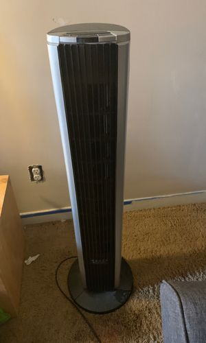 Bionaire oscillating tower fan for Sale in Seattle, WA