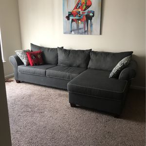 Couch for Sale in McLean, VA