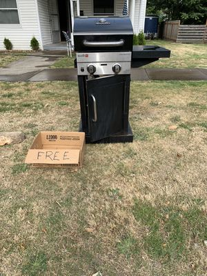 Char Broil infrared barbecue for Sale in Forest Grove, OR