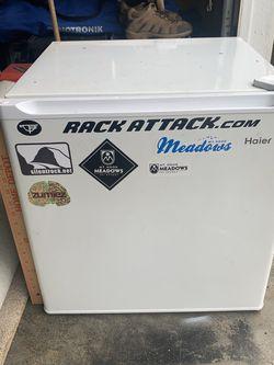 Refrigerator for Sale in Beavercreek,  OR