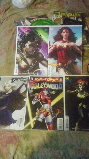 5 Different Sexy Lady Comic covers.. 2 books Are Stanley Art germ & Harley Quinn & Supergirl & Batgirl & Wonder Woman for Sale in Amory, MS