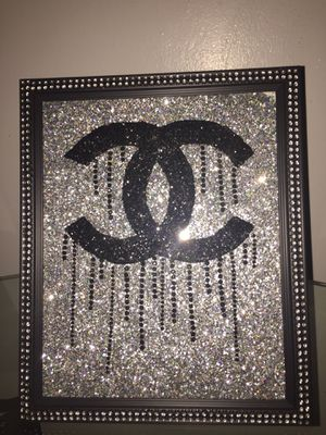 "Wall or stand glitter picture, Glitter Picture beauty salon, Home decor, Wall Decor, Measurements11""x14"" for Sale in St. Louis, MO"