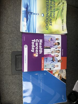 Medical assistant textbook for Sale in Millbrook, AL
