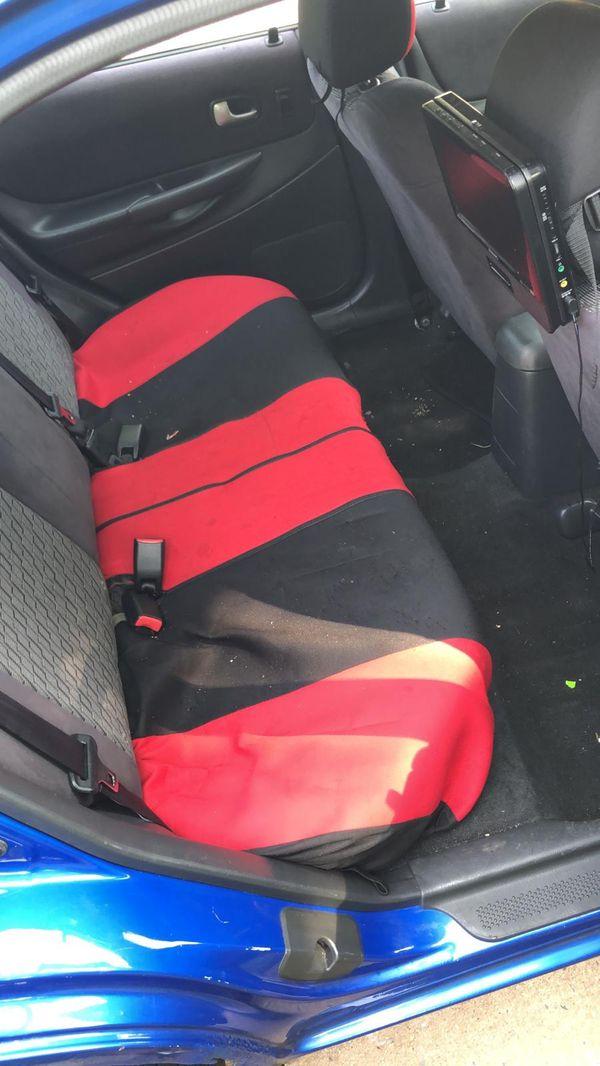 Vendo Mazda protege 2003 en buen estado llantas nuevas aceite trasmicion y de motor acabado de cambiar frenos