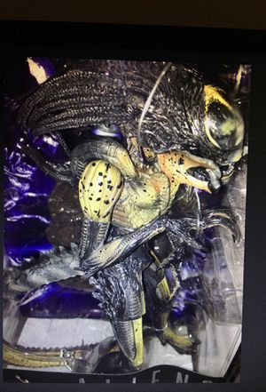 Aliens vs Predator Hybrid for Sale in Leesburg, VA